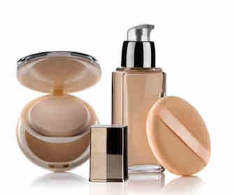 The Best Foundation for Combination Skin: Options